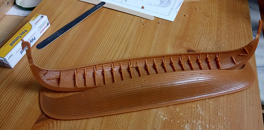 JGlover Art - Emhar Gokstad Viking Long Ship Build 1